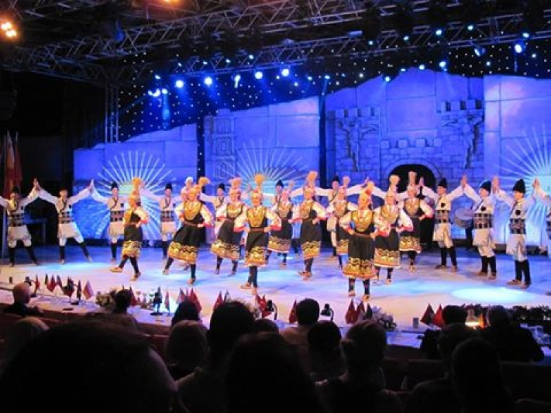 "ANSAMBLUL ""MEZDRA"" DIN BULGARIA PREZENT LA FESTIVALUL ""NUNTA ZAMFIREI"" 2016"