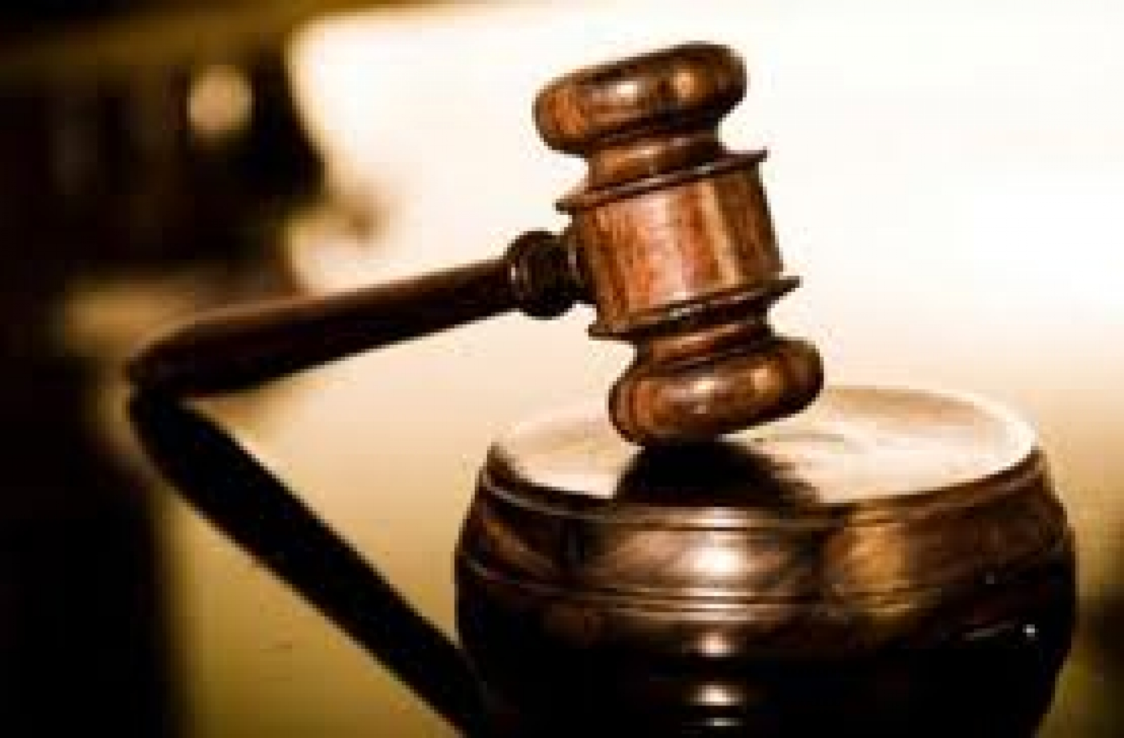 JUDECĂTOAREA ADRIANA STOICESCU: REVĂRSAREA DE URĂ PARE DE NEOPRIT
