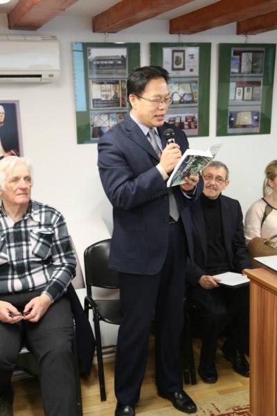 """DELEGAȚIE DIN CHINA PREZENTĂ LA FESTIVALUL INTERNAȚIONAL DE TEATRU ȘI LITERATURĂ """"LIVIU REBREANU"""" !"""