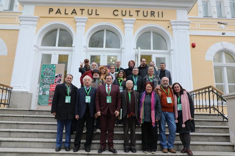 CEL MAI FRUMOS EVENIMENT DE PÂNĂ ACUM AL UNIUNII SCRIITORILOR DIN ROMÂNIA, FILIALA SIBIU, PREZIDAT DE ION RADU VĂCĂRESCU, S-A DERULAT LA PALATUL CULTURII BISTRIȚA!