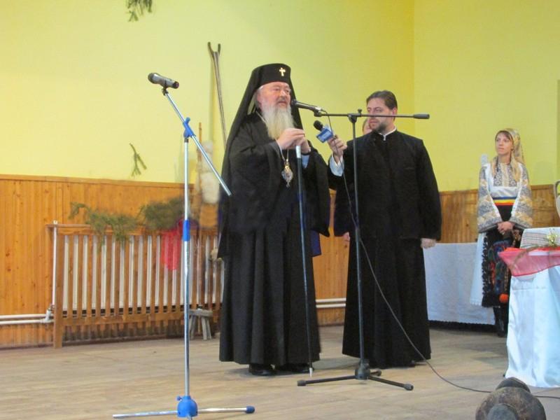 CETE DE COLINDĂTORI DIN 7 JUDEȚE, LA MĂRIȘELU